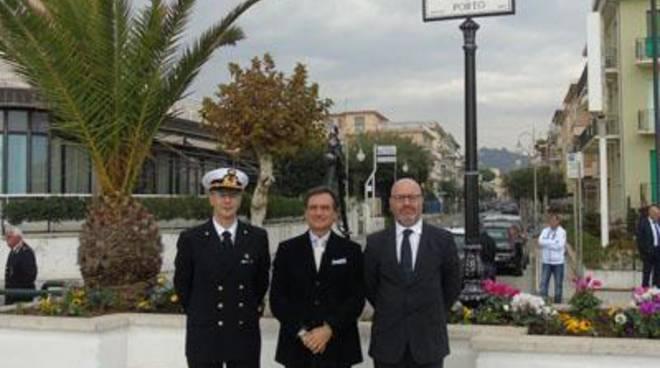 """Inaugurato il""""Piazzale Capitanerie di Porto"""""""