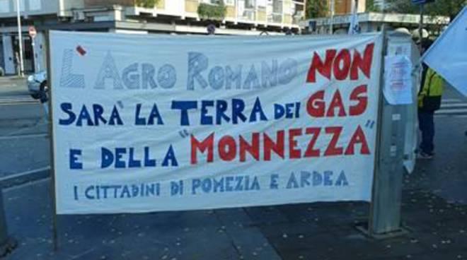 Matricardi partecipa alla manifestazione davanti alla Regione contro le centrali Biogas