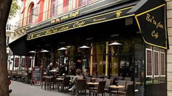 """Parigi, il racconto di una mamma che quella sera ha """"scelto"""" il ristorante vicino all'orrore"""