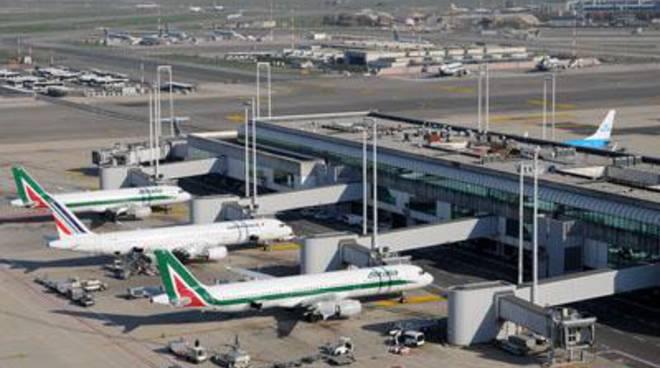 Trasporto aereo: aperta la procedura di mobilità per Ams