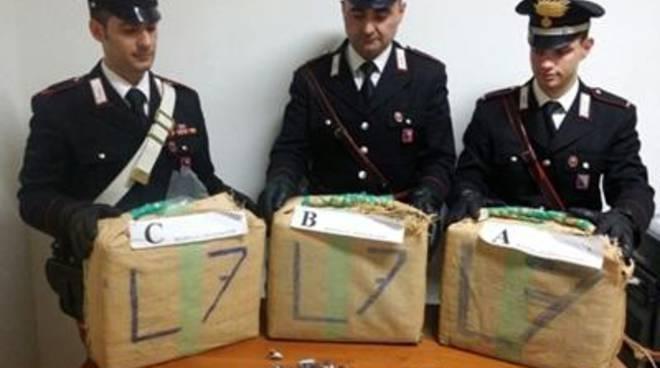 Vitinia, sequestrati 100Kg di Hashis