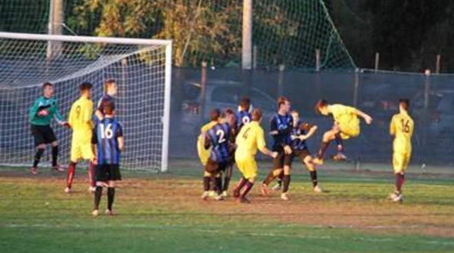 Calcio, Fiumicino: la Juniores torna prima