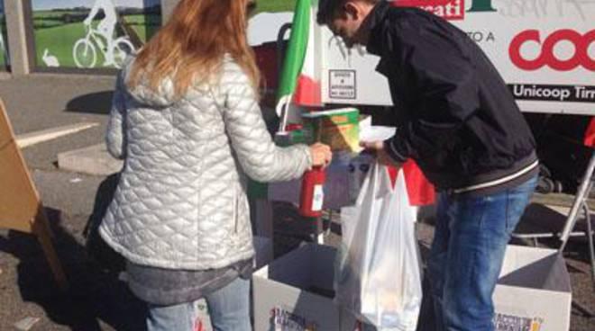 CasaPound: oggi la consegna dei pacchi alimentari