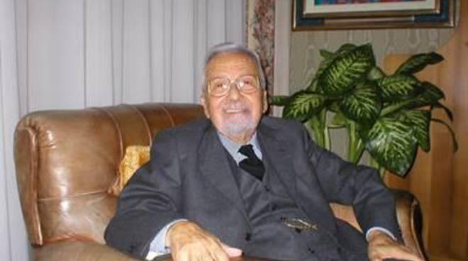 """Morto Licio Gelli, il """"venerabile"""". Aveva 96 anni"""