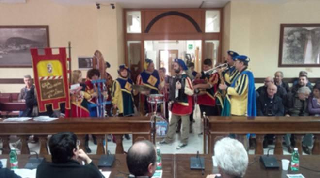 Sciusci e Ciaramelle... Canti, luci e tradizioni dalle città del Golfo e Isole Ponziane