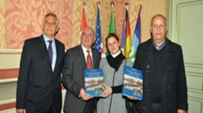 """Anniversario dello Sbarco: presentato il libro """"Assistenza Sanitaria a Porto d'Anzio""""<br />"""