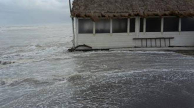Fregene, litorale sud: oggi un tavolo tecnico sull'erosione<br />