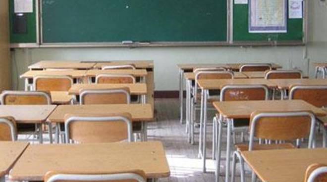 Furto della caldaia alla scuola di via Verona: chiusa per due giorni la primaria