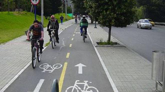 """Pastore: """"Occorre una campagna d'informazione nel campo della circolazione su bicicletta"""""""