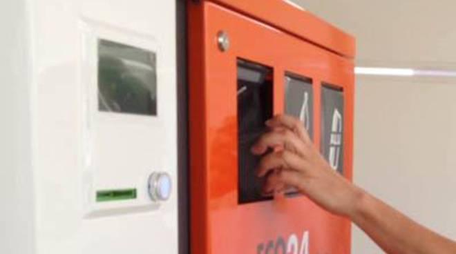 Rifiuti: in arrivo sei eco-compattatori nelle farmacie comunali