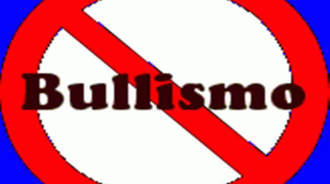"""Rotaract Club:""""Legalità e cultura dell'etica"""", il progetto per la non violenza"""