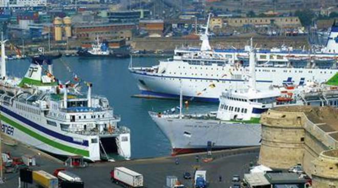 Attività portuale: traffici in crescita nell'anno 2015