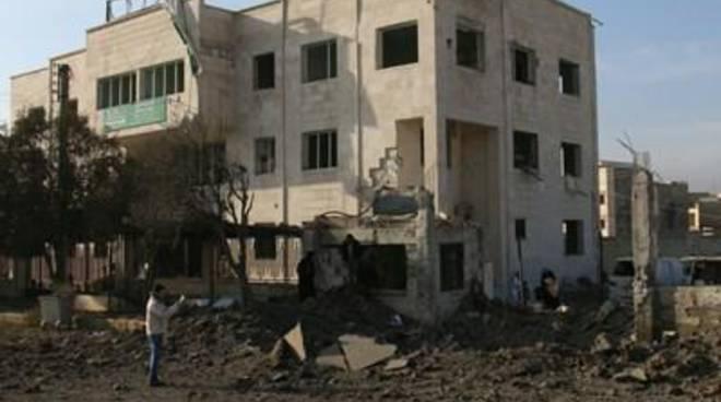 """De Mistura a Damasco: """"subito aiuti alle città assediate"""""""