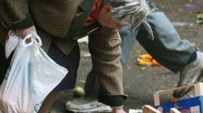 """Emergenza sociale, Usb: """"Le famiglie in difficoltà sono tantissime"""""""