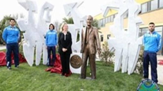 Fijlkam: inaugurato il monumento dedicato a Matteo Pellicone