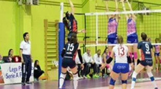 La Volley Cisterna perde il turno infrasettimanale con il Clendy Aversa