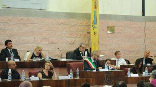 """M5S: """"A Forza Italia dimenticano che Moscherini ha corso per Grasso alle elezioni 2014"""""""