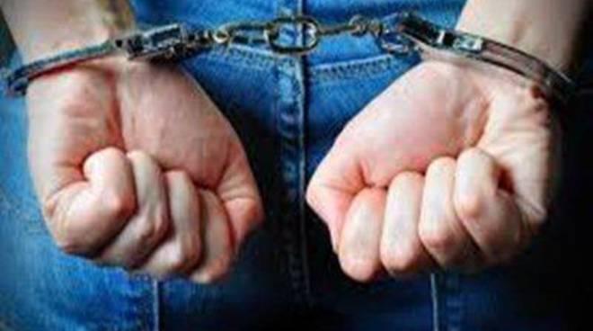 Otto persone arrestate dai Carabinieri in questi ultimi giorni