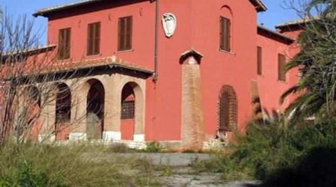 Sanit agostini urgente aprire casa della salute a for Aprire case di concetto