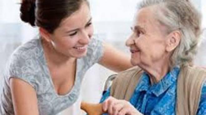 Pubblicato un avviso per l'assistenza domiciliare diretta ai malati di Alzheimer