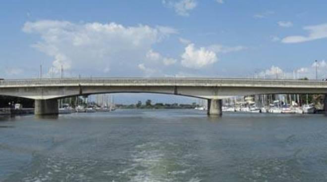 Scafa, un ponte lungo 66 anni