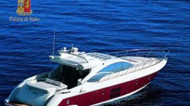 Sequestrato uno yacht per canoni leasing non pagati
