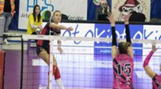 Volley A2 femminile: L'Omia Cisterna strappa un punto al Monza terzo in classifica