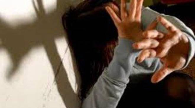 Arrestato 48enne per maltrattamenti in famiglia