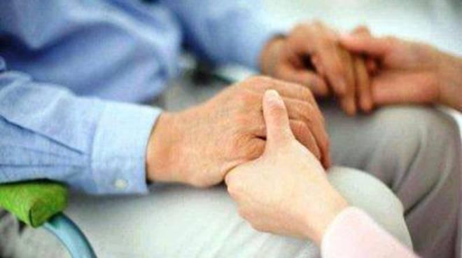 Assegni di cura per le persone affette da disabilità gravi
