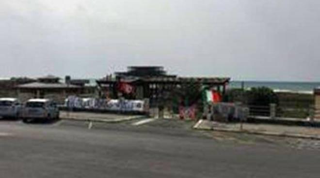 """CasaPound: """"Basta insediamenti abusivi"""""""