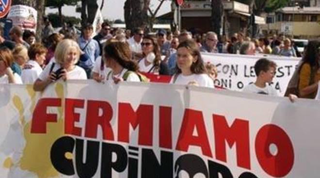 """Cupinoro, Comitati Uniti: """"Sempre in lotta per la chiusura definitiva"""""""