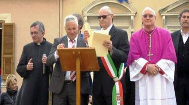 """Gemellaggio tra """"Fratelli del Cristo Risorto"""" e """"Sodalizio dei Facchini di Santa Rosa"""""""