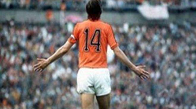 Il calcio mondiale in lutto, è morto Johan Cruyff