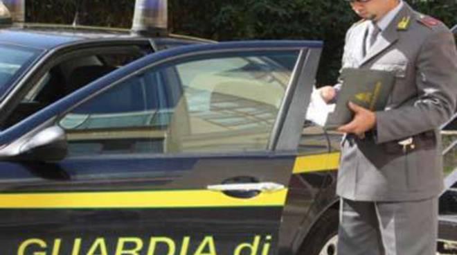 La Guardia di Finanza sequestra un'industria olearia nel centro di Castelforte