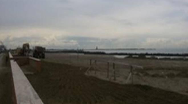 """Lungomare della Salute, Cini: """"Iniziati i lavori di sbancamento delle spiagge libere"""""""