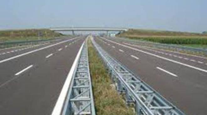 """Pd"""": """"La superstrada è un'opera indispensabile da condividere con il territorio"""""""