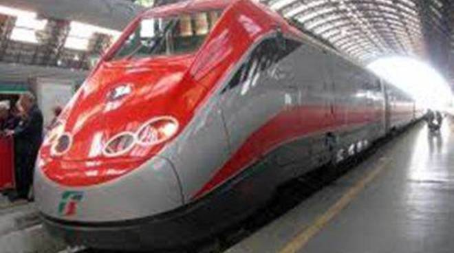 Trenitalia: da domenica treni nuovi e più posti a sedere