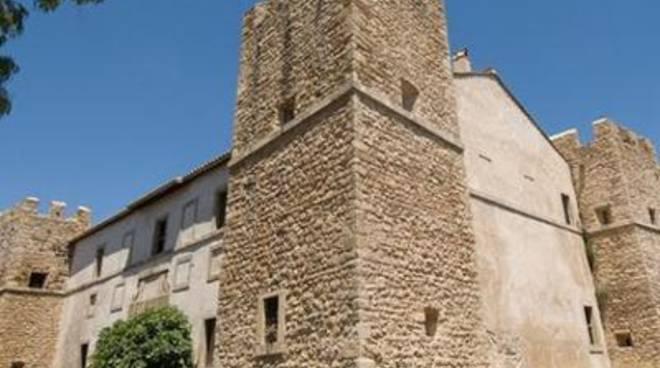 Castellaccio dei Monteroni, firmatoil contratto e consegnato il cantiere
