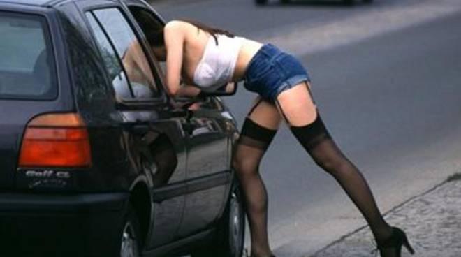 Da più di una settimana è comparsa di nuovo l'attività di prostituzione