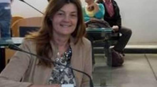 """Fabiola Velli: """"I cani di Fiumicino rischiano ancora la deportazione a Caserta"""""""