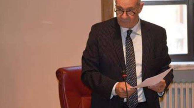 Il sindaco Mazzola al corteo dei dipendenti del supermercato Ingrande