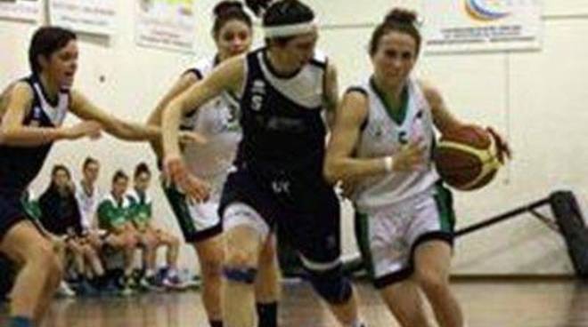 La Redimedica Bull cede all'Athena in gara -1 ai play off