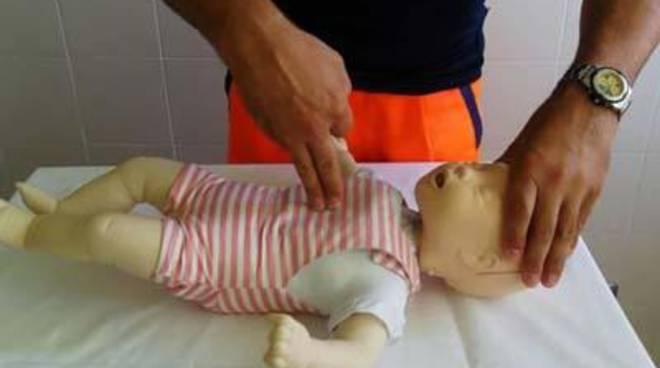 Primo Soccorso pediatrico: sabato 23 aprile genitori a lezione