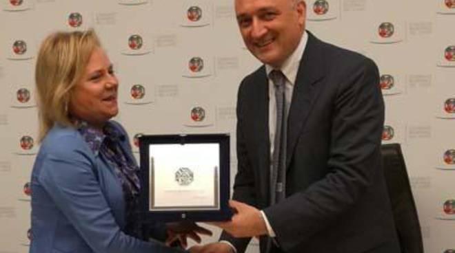 """""""Scarabeo Dorato"""": riconoscimento alla Soprintendenza e alla Fondazione Vulci"""