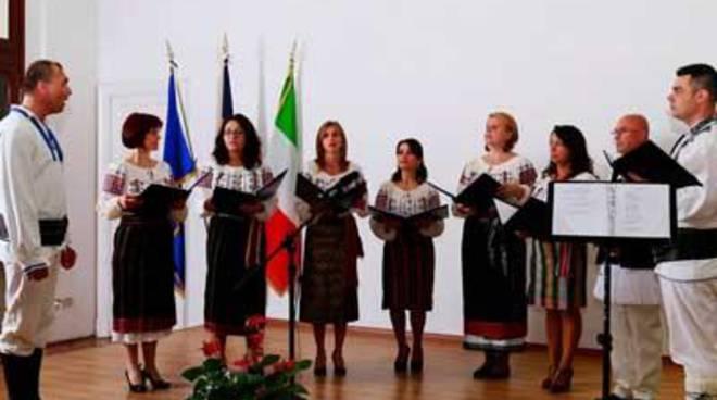 """Domenica la """"Festa dei popoli"""" della pro loco di Tor San Lorenzo"""