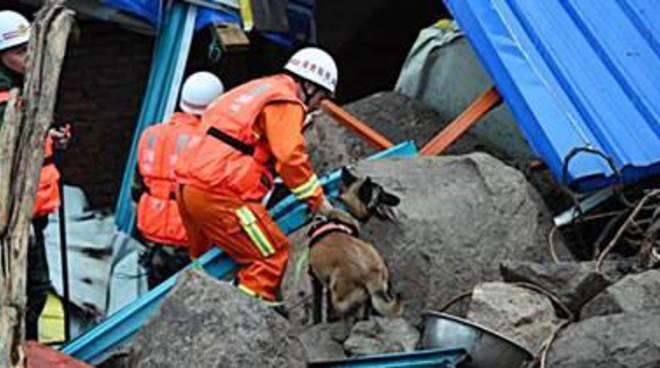 Frana in un cantiere idroelettrico in Cina: 35 dispersi