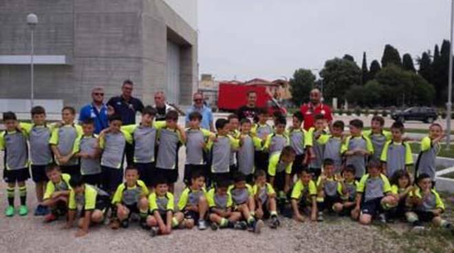 """I bambini della società sportiva """"Montalto Calcio"""" al torneo Soccerlandia 2016"""