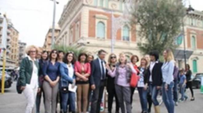 """Menghini presenta la sua squadra per le elezioni: spicca il """"rosa"""""""