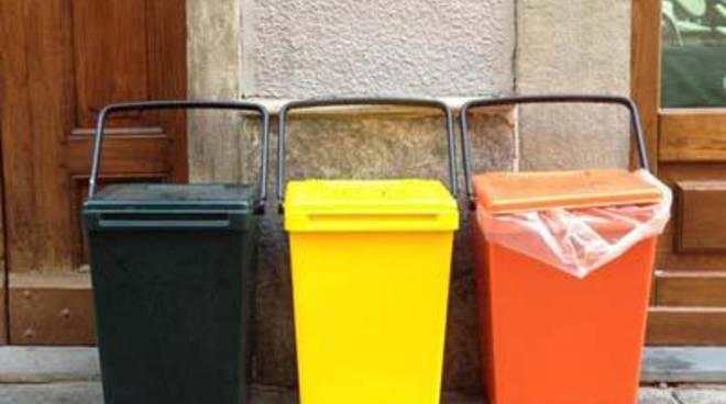 Raccolta differenziata porta a porta, continuano i controlli contro l'abbandono dei rifiuti