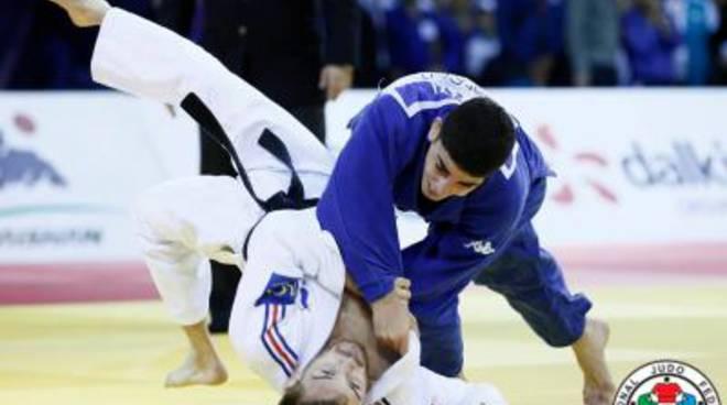 Sorpresa Olimpiadi per Elios Manzi: vince l'oro ad Almaty e vola a Rio